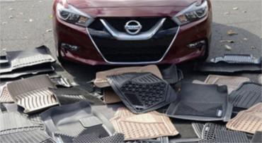 Automobiliniai kilimėliai - tekstilė prieš gumą