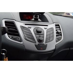Auto magnetolos ir multimedia