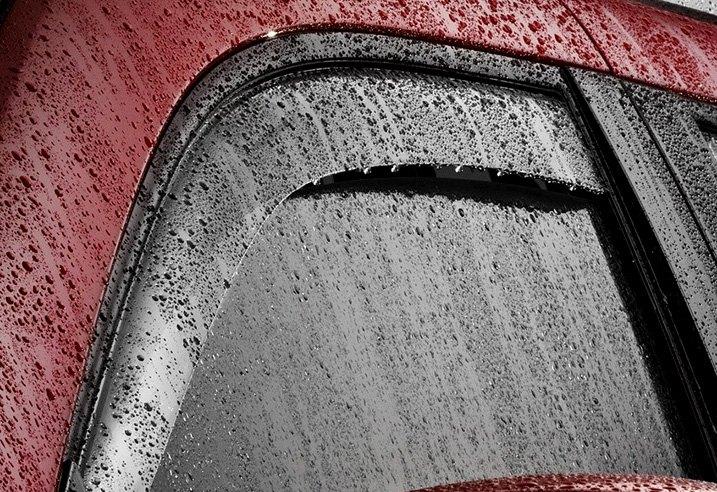 Deflektoriai saugo nuo lietaus