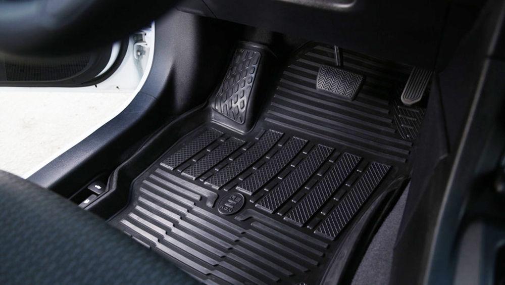 Guminiai automobilių kilimėliai